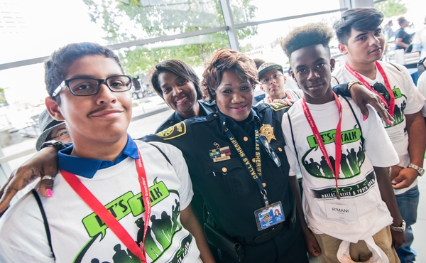 Let's Talk Event Fosters Unity Between Dallas Police and Kids